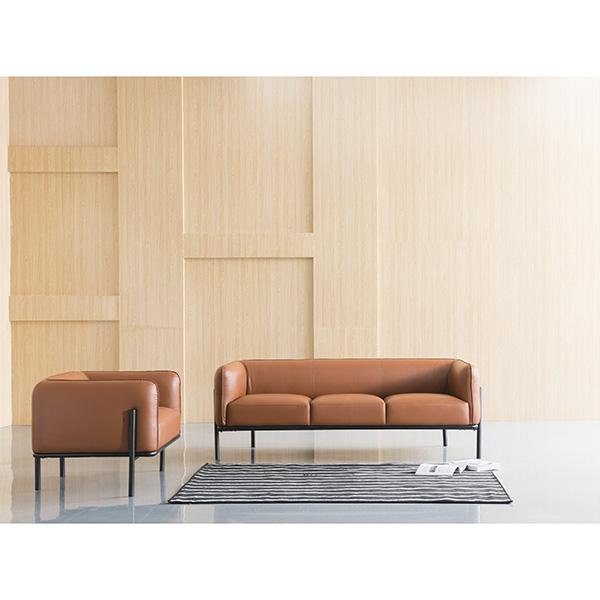 Good Quality Lc2 Sofa Three Seat